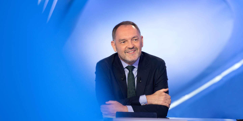 Le commentateur sportif Stéphane Guy mis à pied par Canal+ pour son soutien à Sébastien Thoen