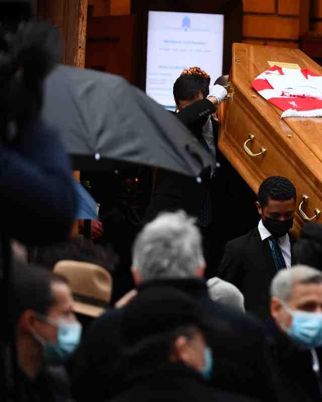 L'émotion aux obsèques de Gérard Houllier
