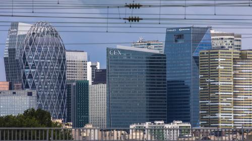 Les salaires des dirigeants des 120 plus grosses entreprises françaises ont augmenté de 2% en 2019, indique Proxinvest