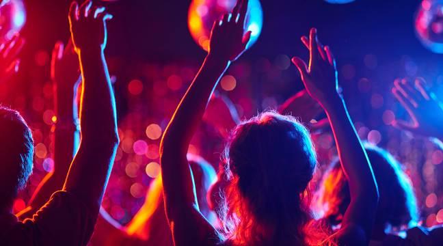 Confinement : Ils continuent de faire la fête pour « profiter de leur jeunesse »