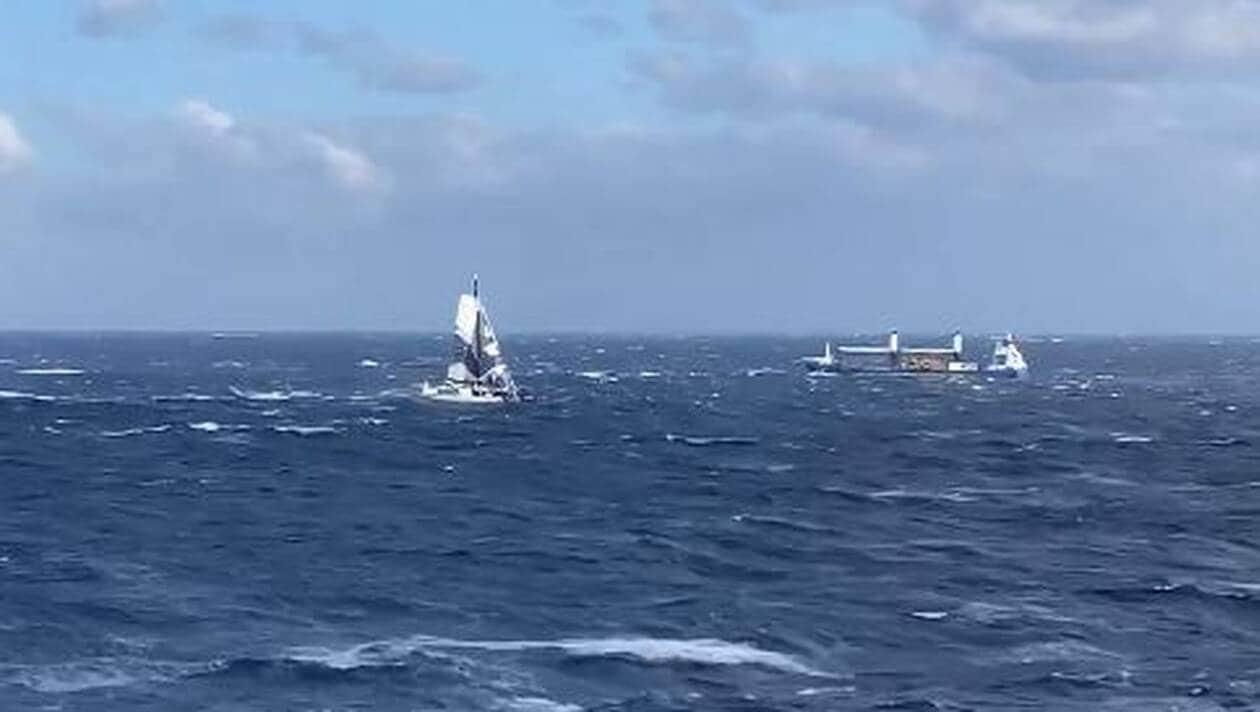 VIDÉO. Trophée Jules Verne. Gitana 17 en pleine tentative de record filmé depuis un cargo