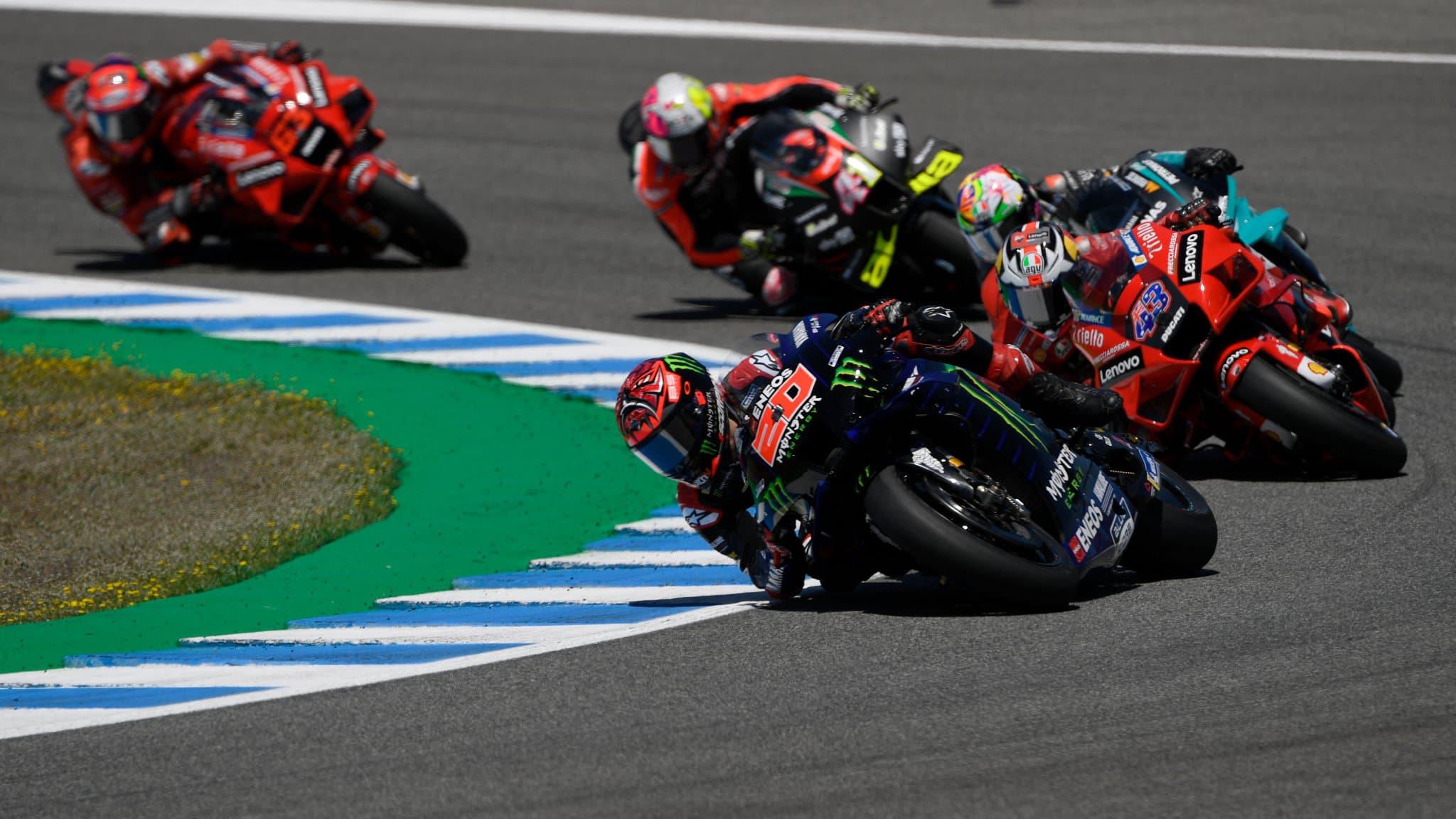 MotoGP, le GP de Catalogne en direct: Oliveira triomphe devant Zarco, Quartararo 4e et pénalisé