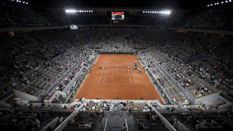 Roland-Garros : la dérogation au couvre-feu accordée aux spectateurs de Nadal-Djokovic fait polémique