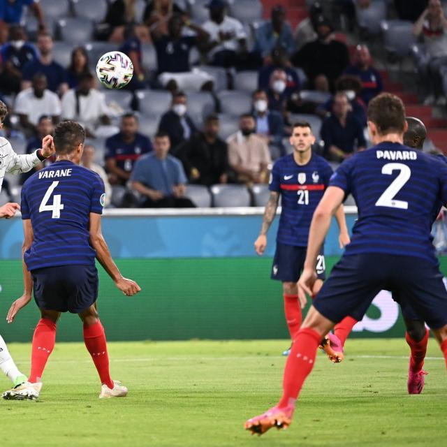 Contre l'Allemagne, le quatuor défensif des Bleus était parfaitement accordé